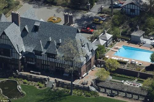 Brad-Jolie-house1
