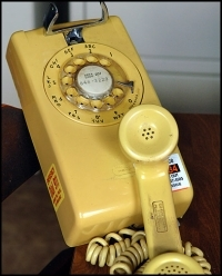 Phone1952